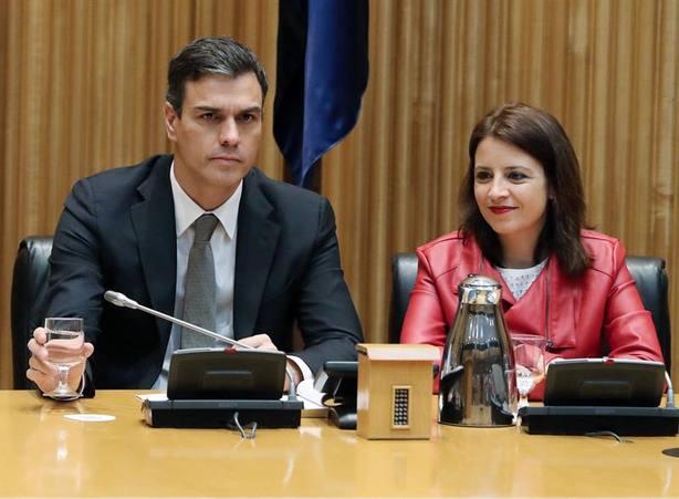 Sánchez seguirá el debate de la moción desde un escaño del grupo socialista