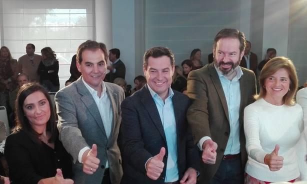 Juanma Moreno promete en su programa 600.000 empleos en cuatro años con una bajada masiva de impuestos