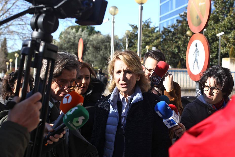 Esperanza Aguirre aclara que sí acudió a la manifestación de Colón en contra del Gobierno de Sánchez