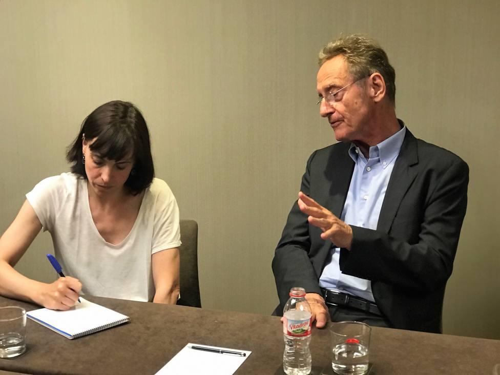 Bernhard Schlink novela una historia de amor en la sombra de la historia alemana en Olga