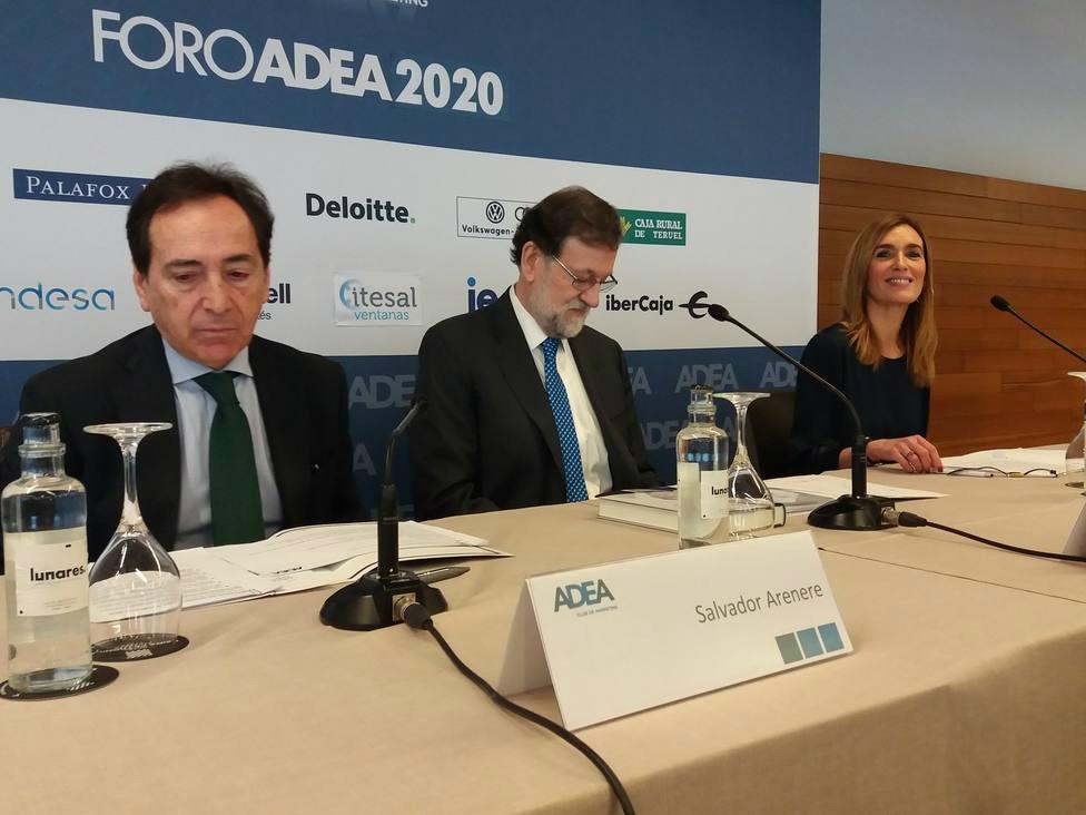 Aná Orúe modera el primer FORO ADEA 2020 con Mariano Rajoy como primer invitado