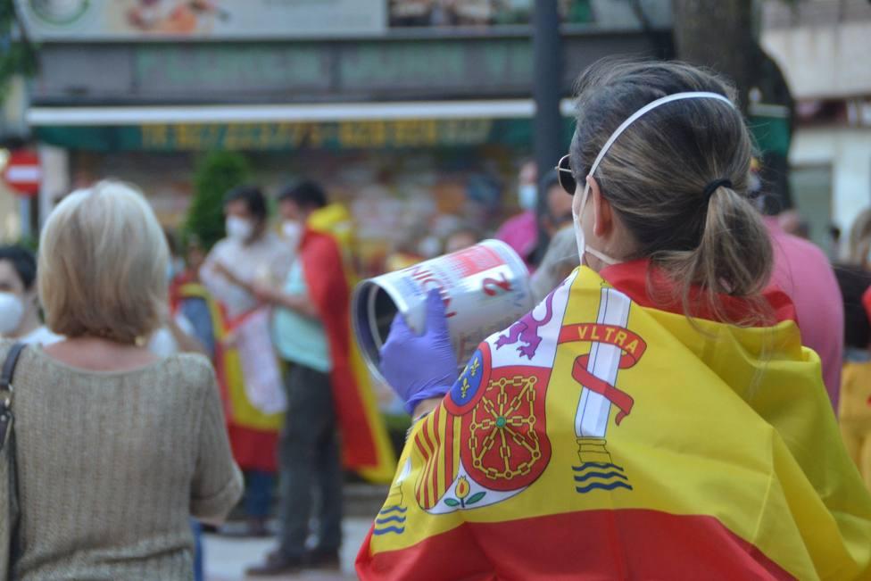 Imagen de una de las caceroladas en Cáceres. Foto: Fernando Montes