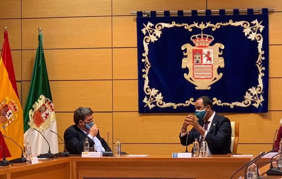 El presidente del Cabildo de Fuerteventura tilda de decepcionante su reunión con Escrivá por no ofrecer soluciones