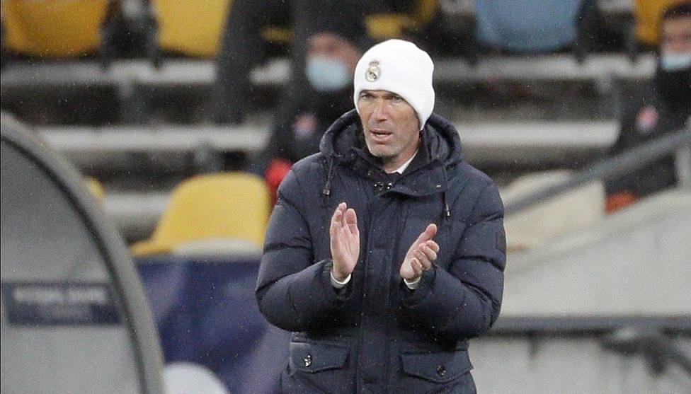 Zidane, durante el partido de este miércoles ante el Shakhtar (EFE).