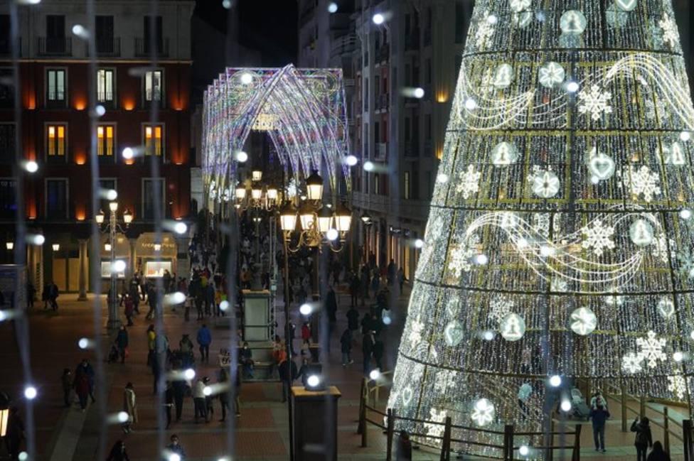 Alumbrado navideño de Valladolid (Fotografía: @AyuntamientoVLL)