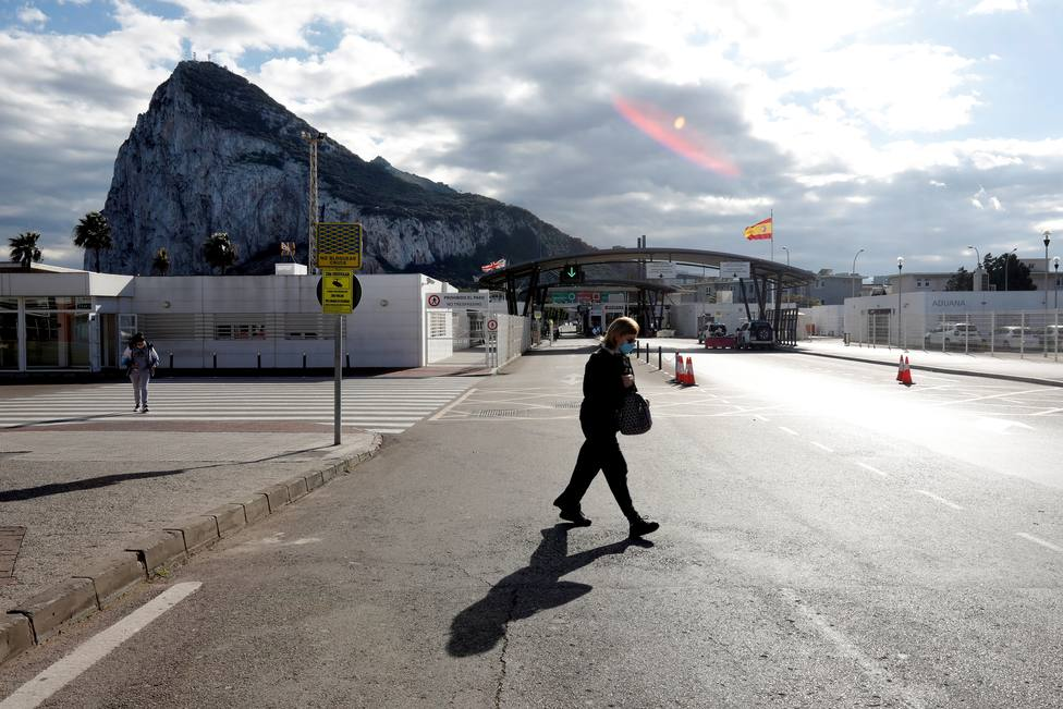 Gibraltar ofrecerá a los trabajadores transfronterizos vacunarse contra la covid-19