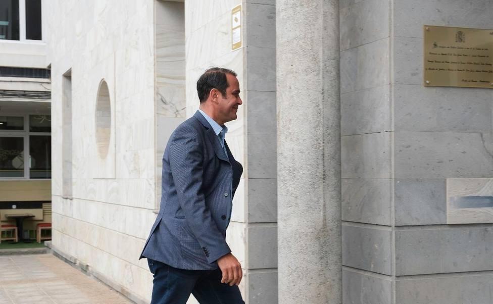 PSOE canario asegura que Blas Acosta cumple escrupulosamente con el código ético del partido