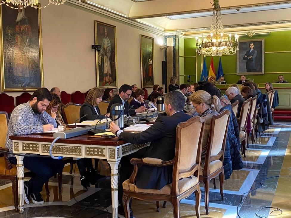 Oviedo.- Carmen Ruiz-Tilve, Emilio Sagi y Jaime �lvarez-Buylla, Hijos Predilectos, y Concha Quirós Hija Adoptiva