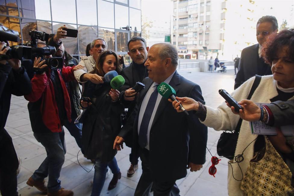 Granada.-Tribunales.-La Audiencia de Granada se declara incompetente para juzgar la pieza Obispo Hurtado del caso Nazarí