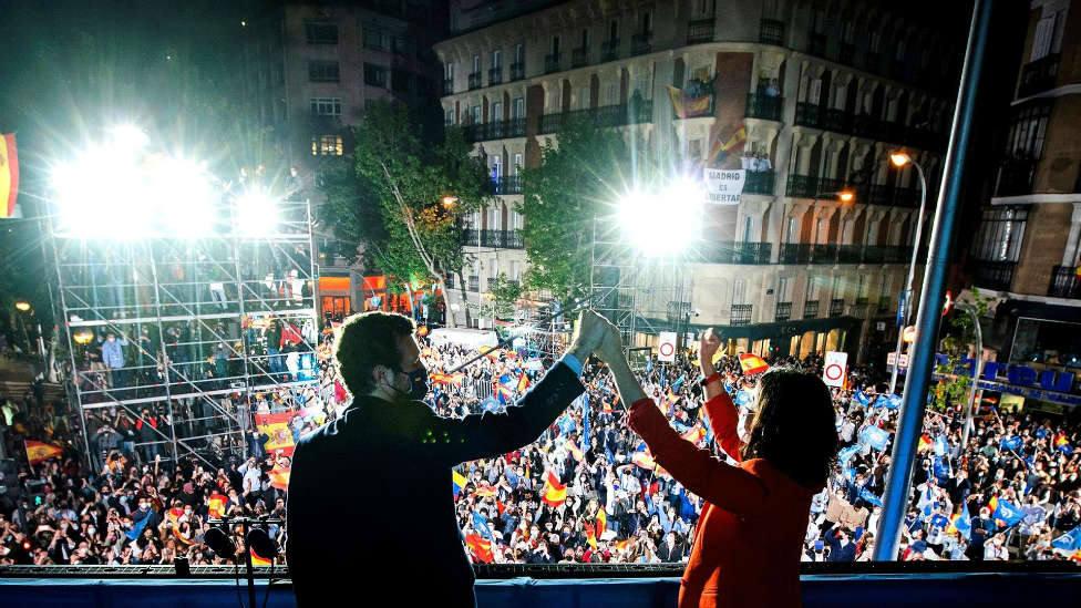 Ayuso barre a la izquierda en Madrid y otras noticias que debes conocer antes de salir de casa