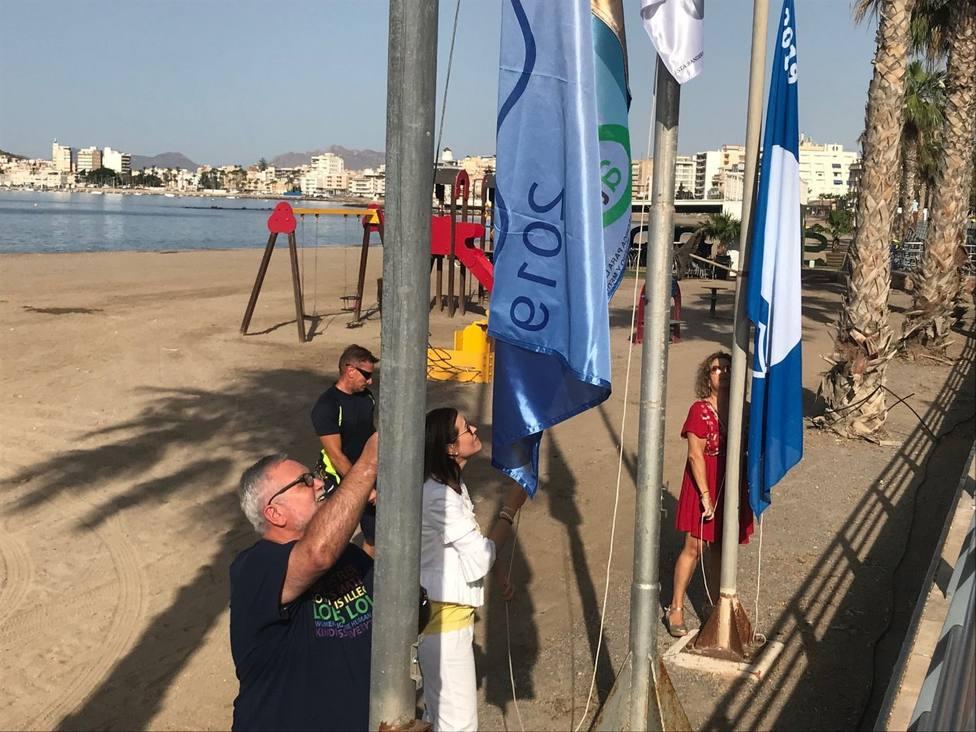 Águilas lucirá el distintivo de Bandera Azul en 9 de susplayas y 2 en Puertos Deportivos