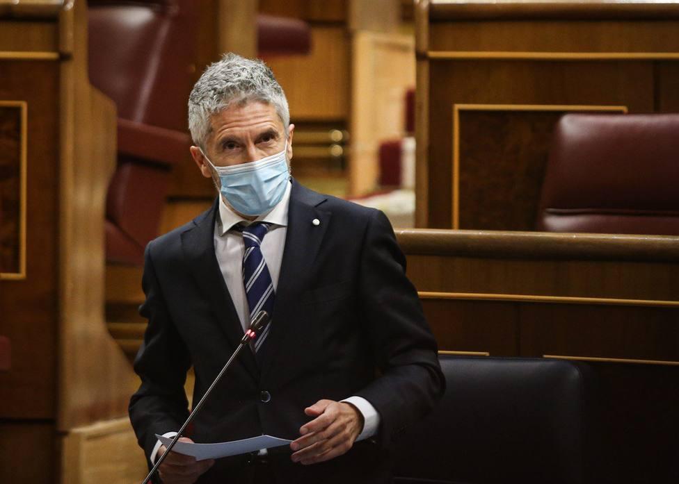 El ministro del Interior Fernando Grande-Marlaska responde a la oposición en la sesión de control al Gobierno
