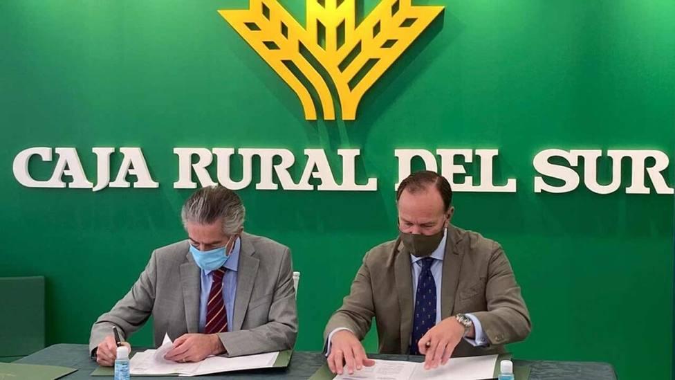 ctv-vpr-210518-firma-del-acuerdo-entre-caja-rural-del-sur-y-la-principal-organizacin-de-empresarios-del-algarve