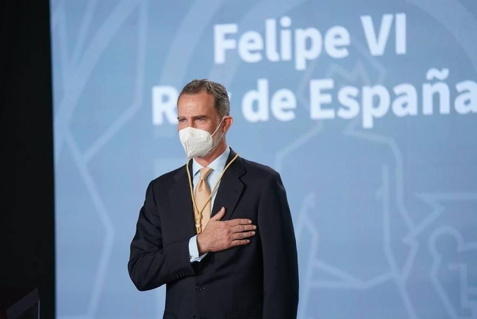 Felipe VI recibe la Medalla de Honor de Andalucía como un abrazo: Me siento un andaluz más entre andaluces