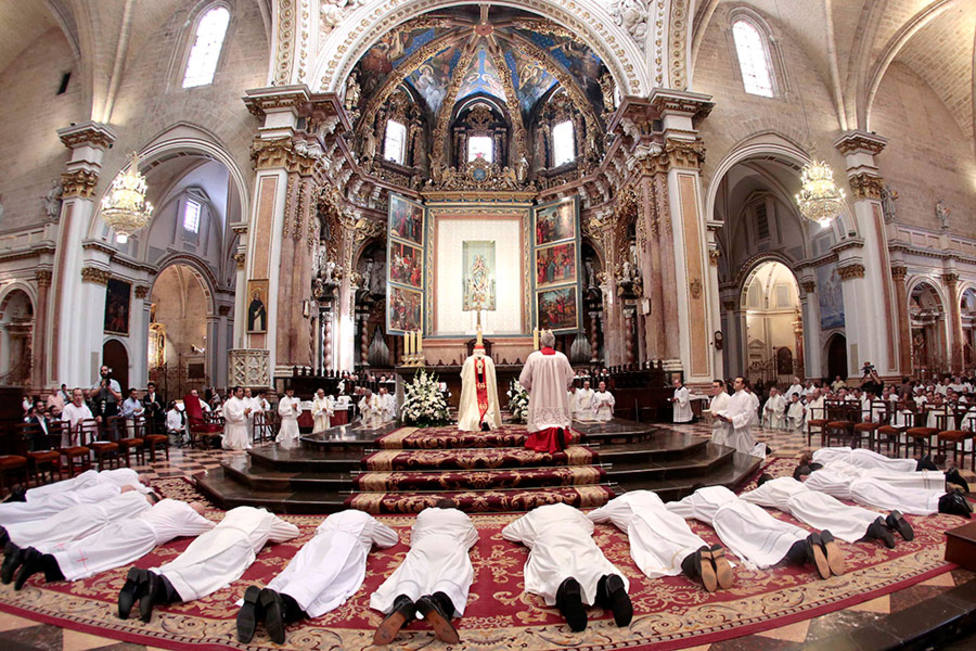 ctv-7p6-ordenacin-de-sacerdotes-en-la-catedral-de-valencia