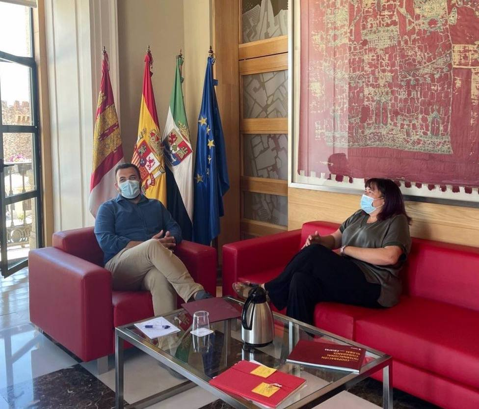 Una empresa especializada y Fedexcaza se encargarán de reducir la sobrepoblación de jabalíes en Cáceres