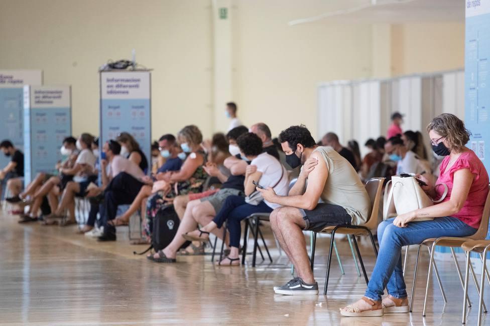 Un epidemiólogo vaticina en Telecinco el grupo de población que necesitaría una tercera dosis