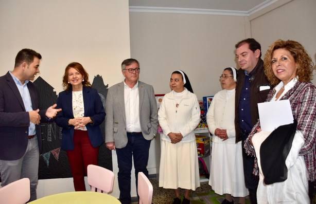 'XXI Jornadas de Formación Familiar' y del Centro Social 'Madre María Luisa'