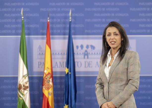 Marta Bosquet, la sonrisa que reina en el Parlamento de Andalucía