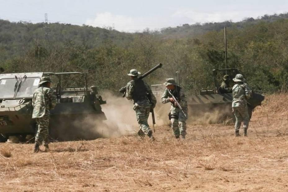 Maduro supervisa el inicio de las maniobras militares Bicentenario de Angostura