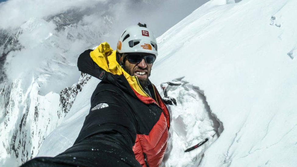 Tres de los mejores alpinistas del mundo desaparecen tras una avalancha en Canadá