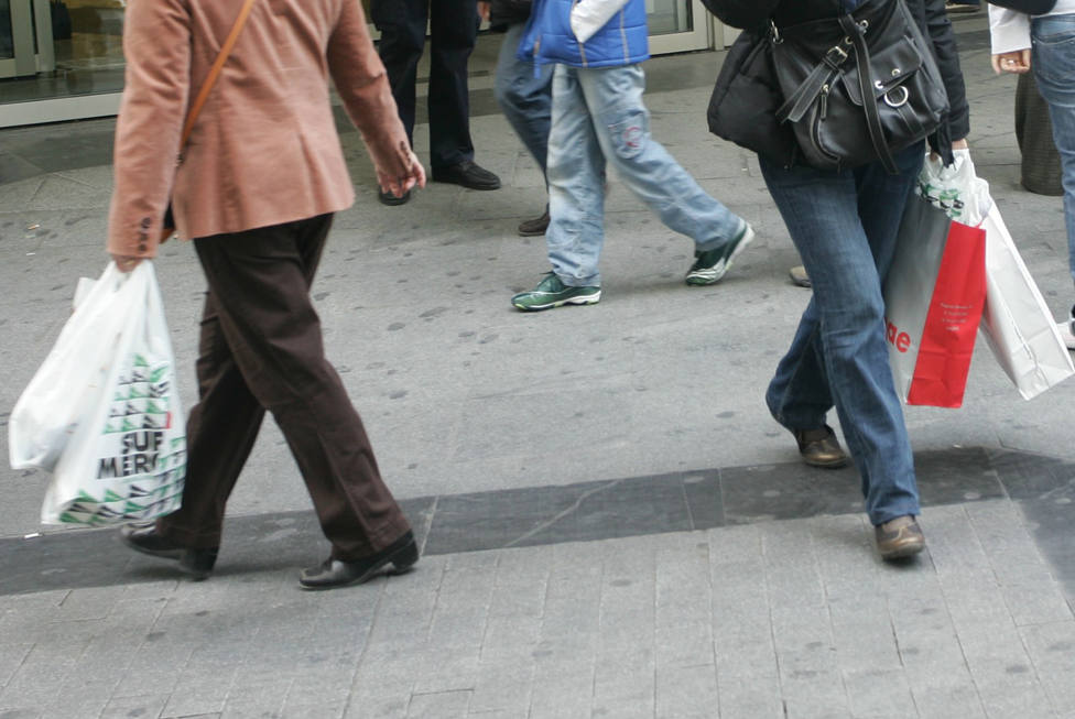 La ministra de Medio Ambiente de Alemania planea crear una ley que prohíba las bolsas de plástico