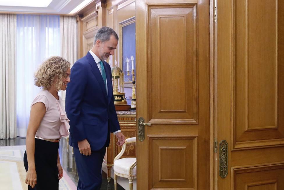El Rey y Batet comparten la necesidad de que se pueda constituir un Gobierno estable para los próximos cuatro años