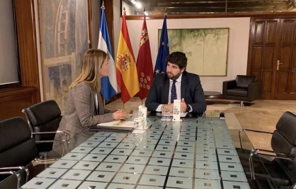 López Miras aborda los principales asuntos de interés para Águilas con la alcaldesa del municipio