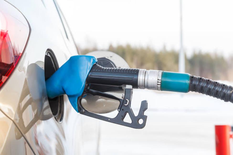 Respostando gasolina (foto recurso)
