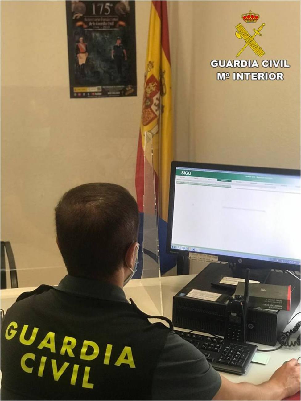 Guardia Civil de Pinoso investigando el caso