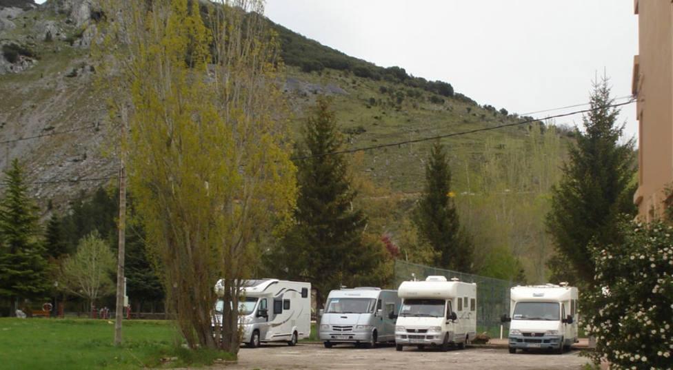 Autocaravanas en Velilla del Río Carrión
