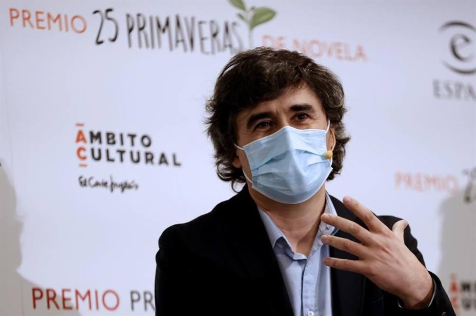 Pedro Simón, flamante ganador del Premio Primavera de Novela