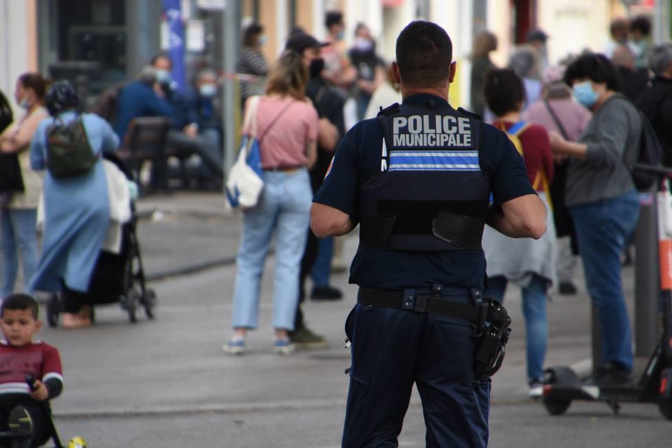 Francia notifica 6.654 nuevos positivos y 57 fallecidos en un solo día