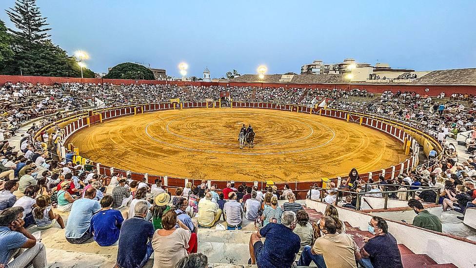 Imagen de la plaza de toros de Fuengirola durante el festejo celebrado este viernes