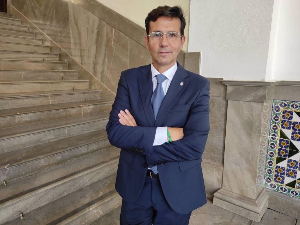 Granada.- Cuenca pide al Gobierno medidas para mejorar las conexiones por tren y avión de la capital