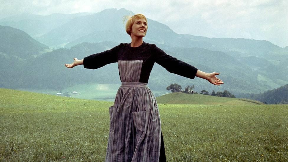 """TRECE emite este fin de semana """"Sonrisas y lágrimas"""", con Julie Andrews"""