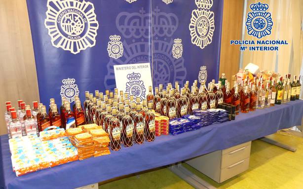 Roban 111 botellas de bebidas alcohólicas