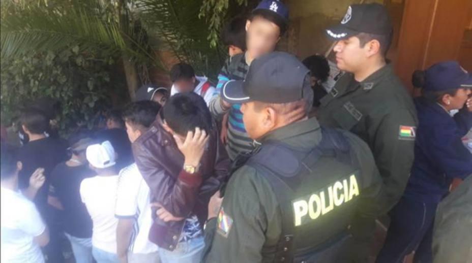 Descubren numerosas fiestas sexuales con menores en Bolivia que dejan más de 200 detenidos