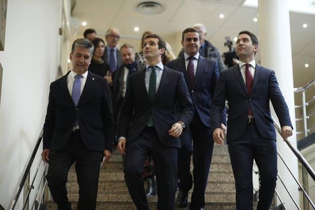 Casado pide a Sánchez que elimine el impuesto de las hipotecas y dice que los bancos lo repercutirán