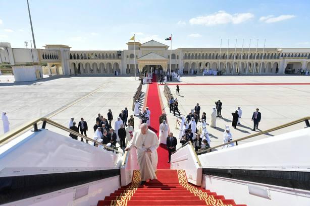 El Papa llega al Vaticano tras su histórico viaje a Emiratos Árabes