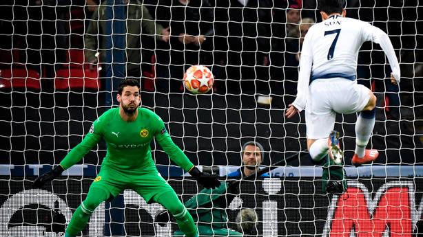 Son marca el 1-0 en el Tottenham - Dortmund. EFE