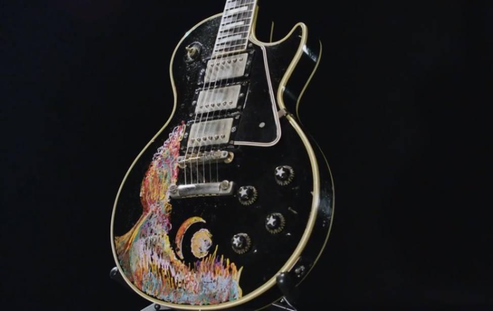 Una de las guitarras que se podrán ver en el Metropolitan de NY