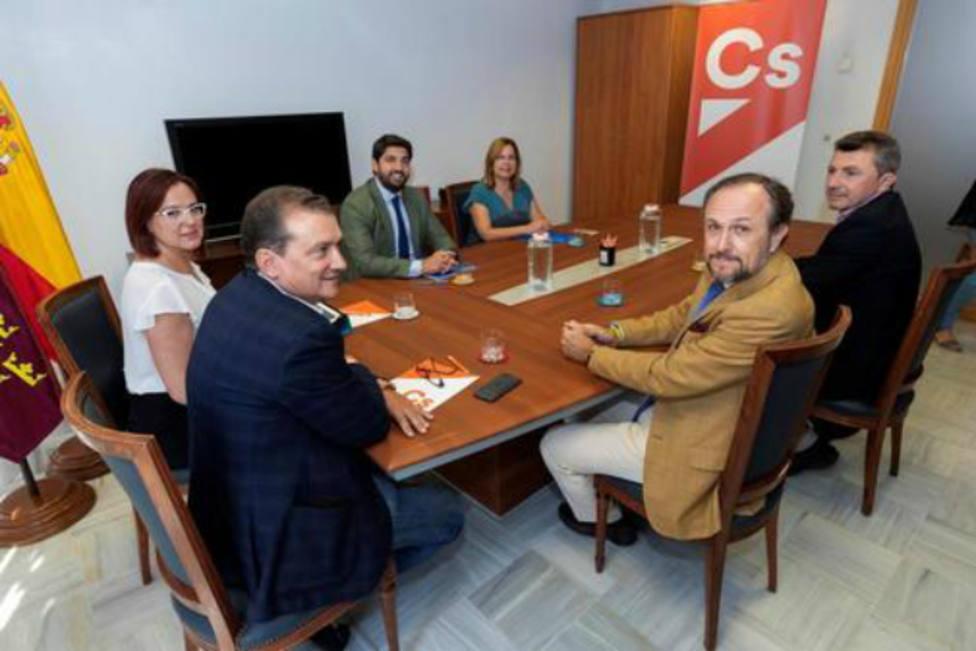 Representantes de PP, Ciudadanos y Vox se reúnen por tercera vez para lograr un nuevo gobierno en Murcia