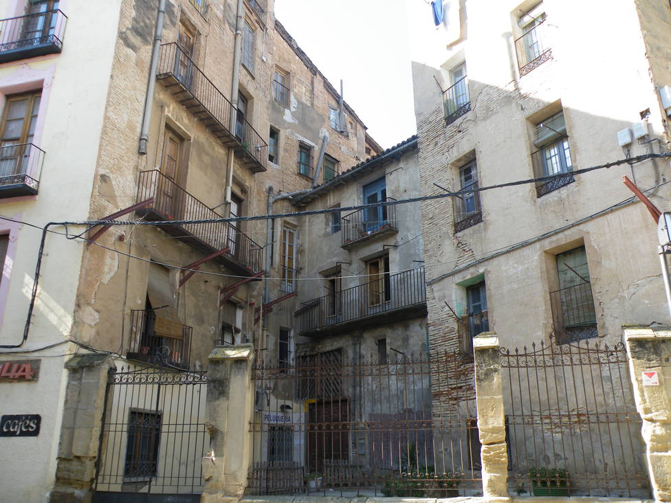 Edificio plaza San Pedro