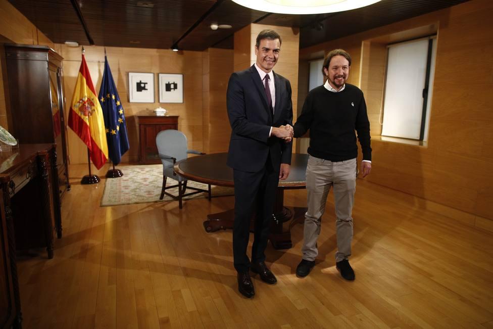 Pedro Sánchez y Pablo Iglesias durante uno de sus últimos encuentros en el Congreso
