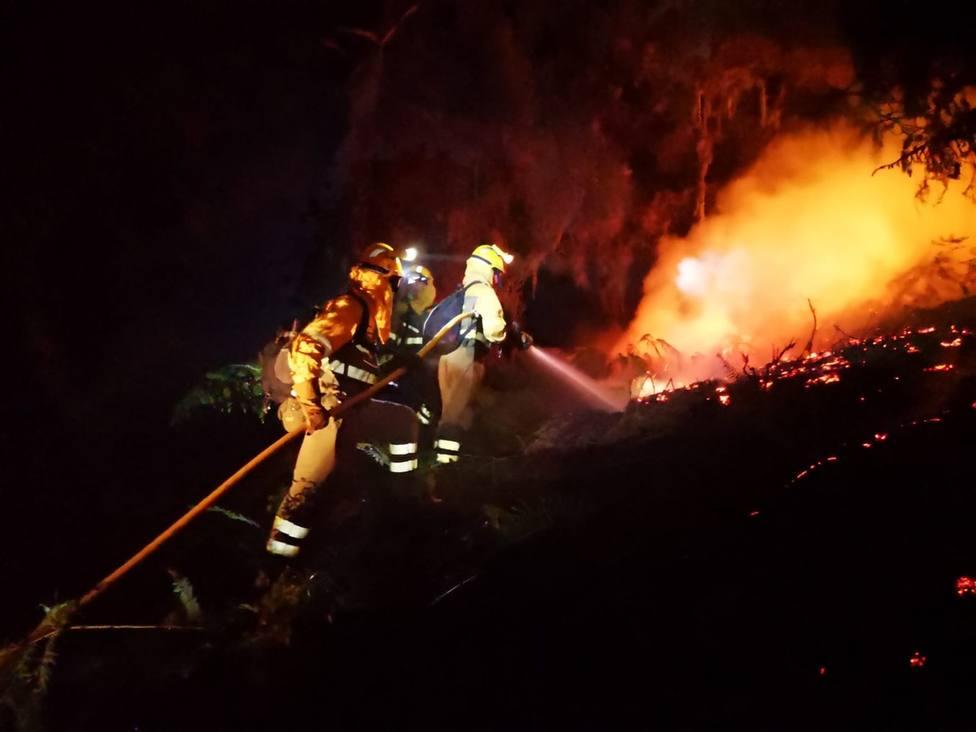 Vecinos afectados por el incendio de Tejada (Gran Canaria) en COPE: Parecía el infierno en frente de casa