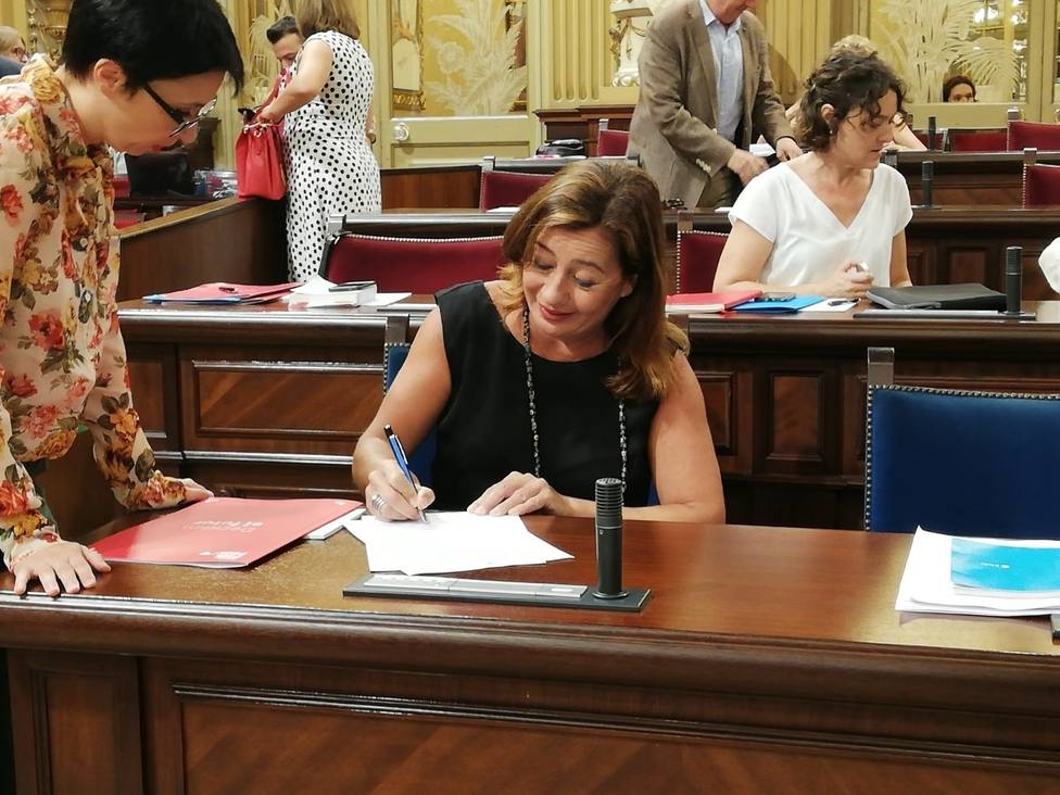 Los socios de Gobierno del PSOE en Baleares firman en Barcelona un manifiesto independentista