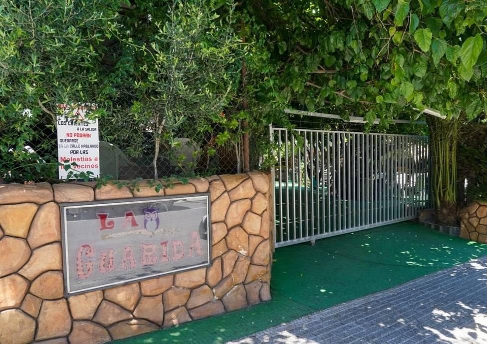 Hostecar aclara que el local precintado en Barrio Peral carece de licencia de bar