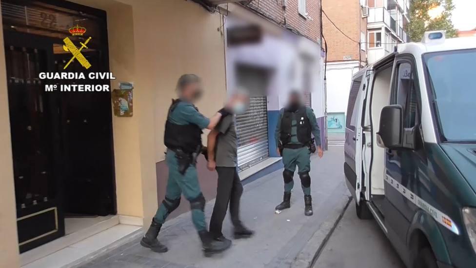 Momento de la detención de los integrantes del grupo