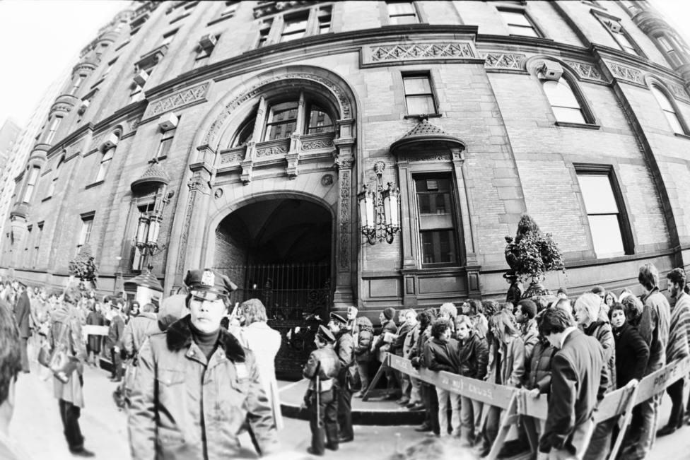 Los misterios que envuelven al edificio Dakota, el emblemático lugar en el que asesinaron a Lennon - Vivir - COPE